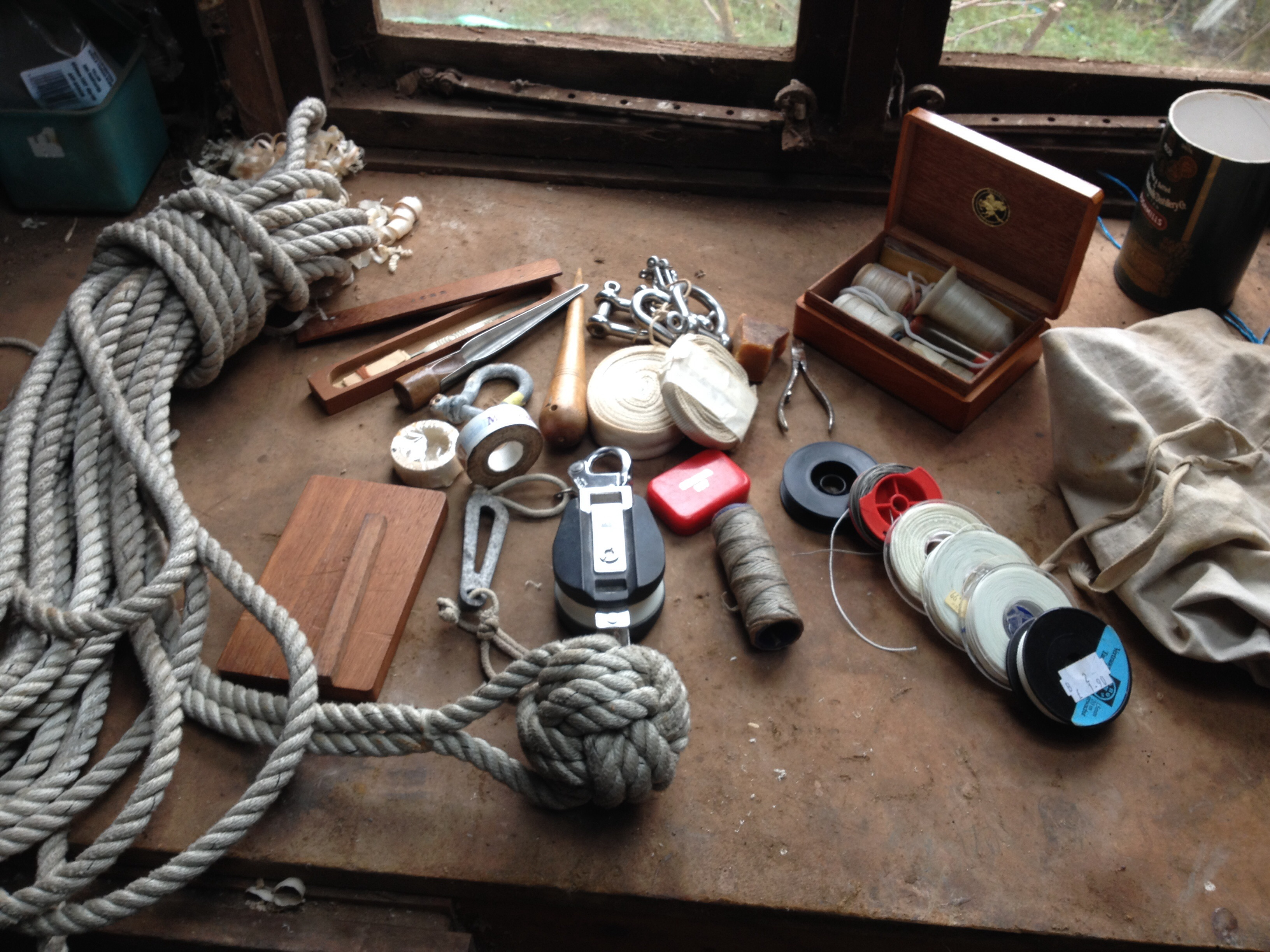 Dulcimer's Ditty Bag and a well used heaving line